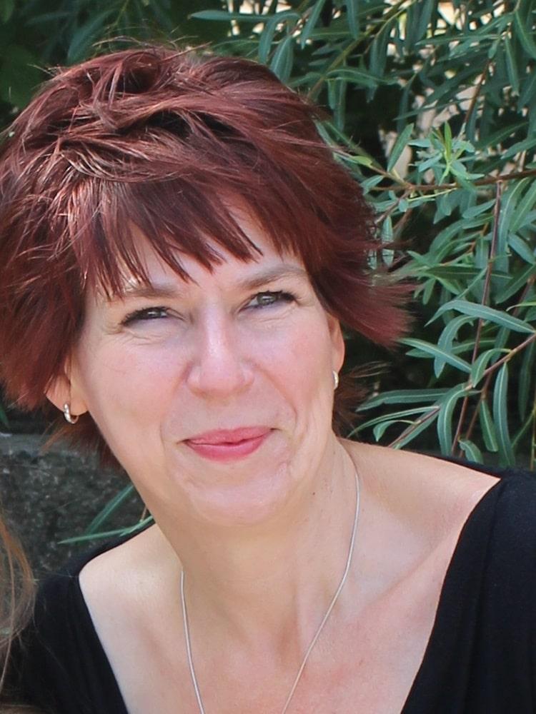 Corinna Taufmann